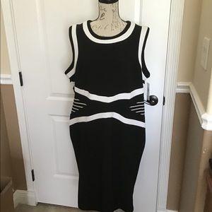 20W Shelby & Palmer Black/White Dress